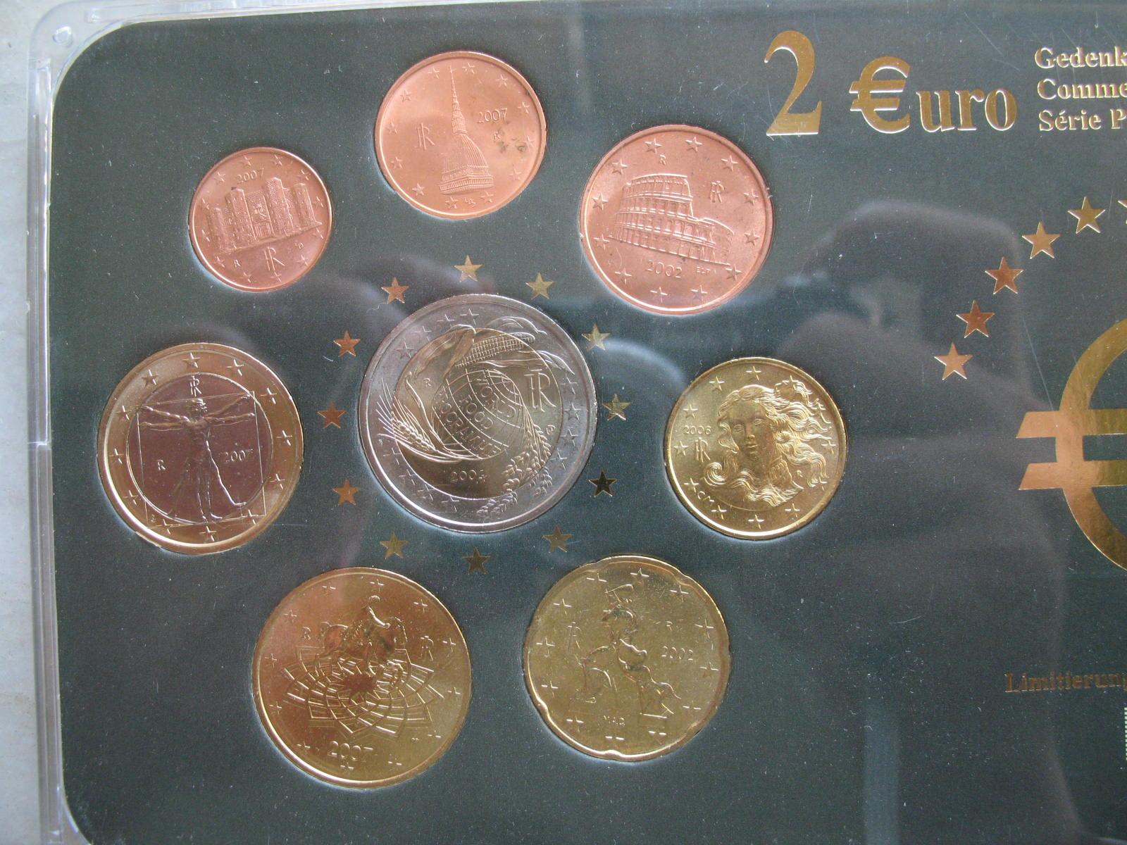 意大利欧元套币带盒装(2004年2欧元纪念币)(大图展示)图片